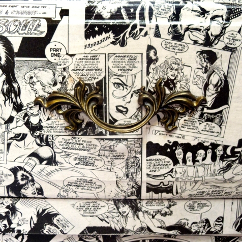 Oliver_Capone_Vampira_End_Table_Detail